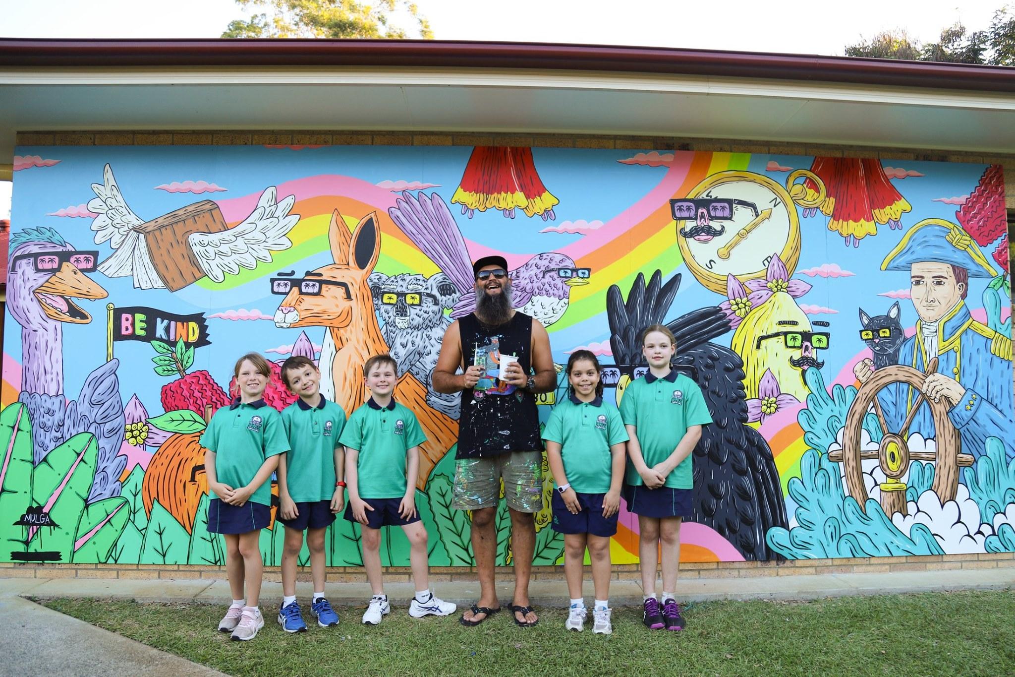 Flinders Primary Art Mural with Mulga the Artist